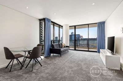 Magnificent Docklands one bedroom apartment