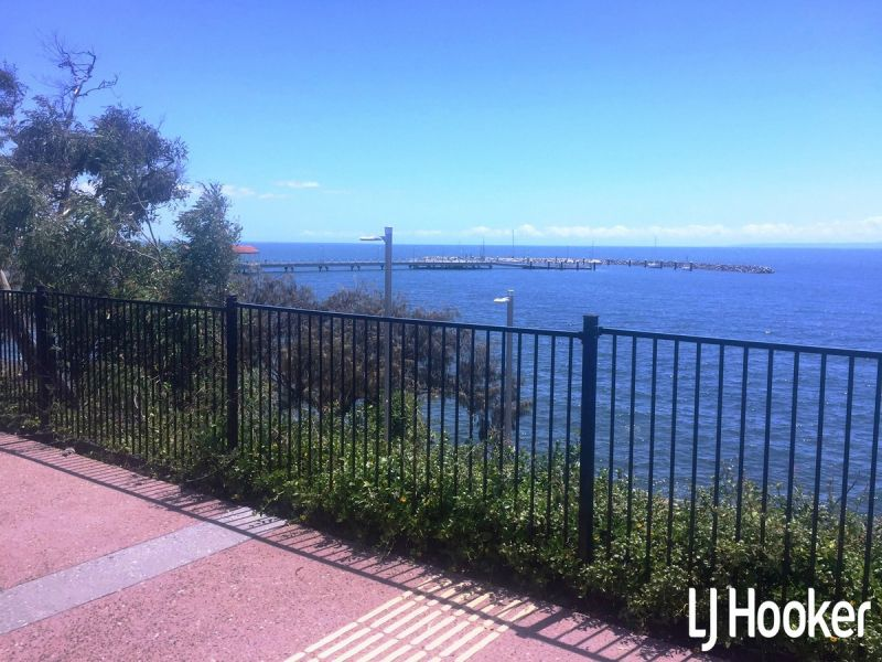 Waterfront, Commercial Office Overlooking The Redcliffe Peninsula