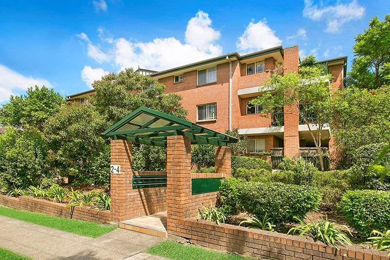 23/2-4 May Street, Hornsby