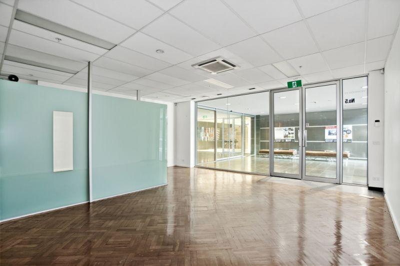 50m2* BOUTIQUE MODERN GROUND FLOOR OFFICE