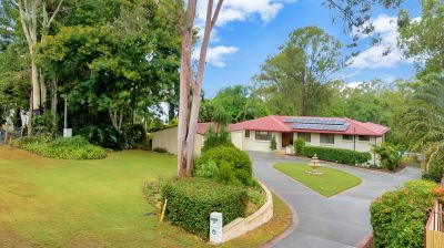 ANOTHER ONE SOLD BY DALASE SHILLING - CROWNE REAL ESTATE - THINK PROPERTY, THINK PINK!