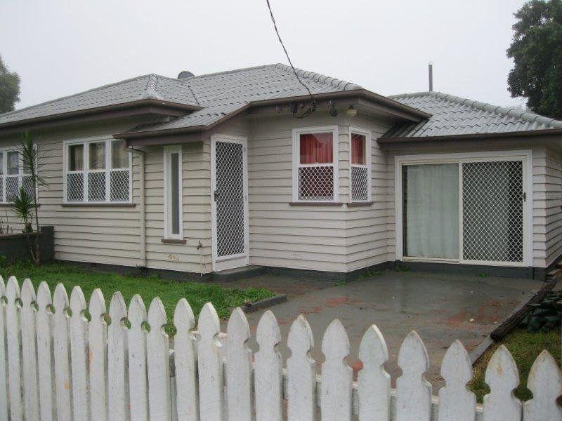 Duplex - Rental Income $475/Week