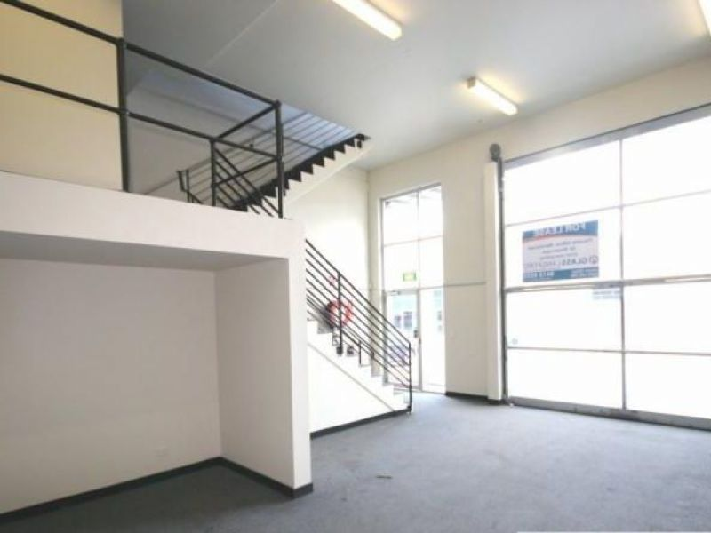 Quality Strata Unit within Office/Warehouse Estate