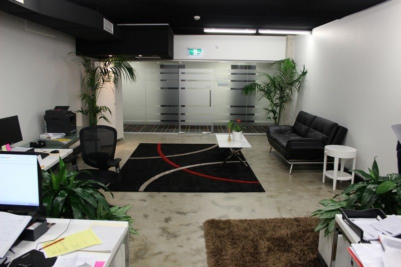 Great value/ Freshly renovated creative space!