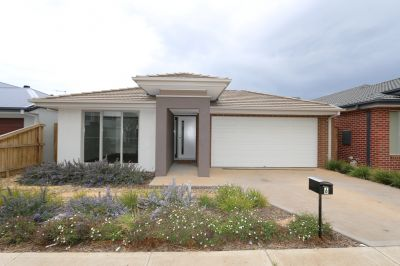 Riverwalk Living at its Finest!
