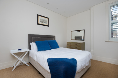 DARLING POINT SPACIOUS 1 BED
