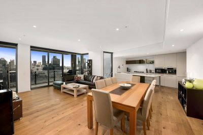 An Exceptional 27th Floor Yarra Point Haven