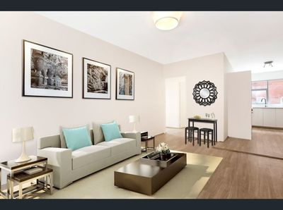 Birght & Spacious in the Heart of Eastlakes