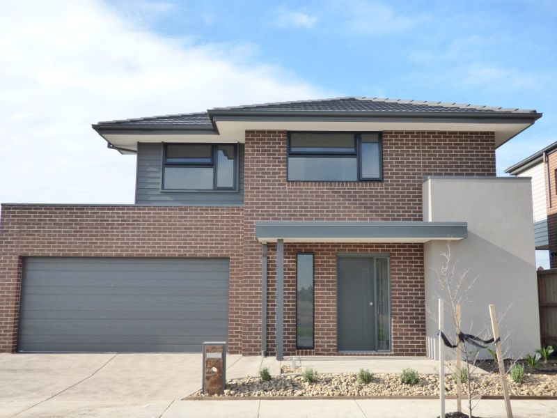 Charming Four Bedroom Home in Point Cook - A Must-See!