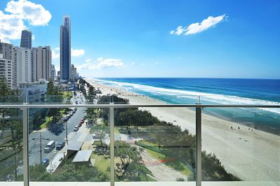The Ultimate 1 bedroom  Absolute Beachfront