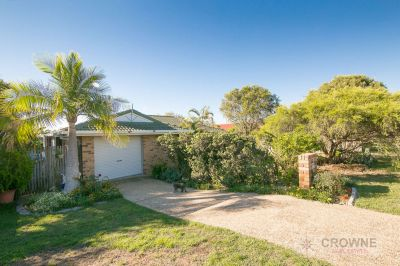 FAMILY HOME IN SOUGHT-AFTER LOCATION