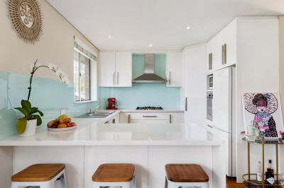 Renovated Apartment Short Walk To Bondi Beach & Junction