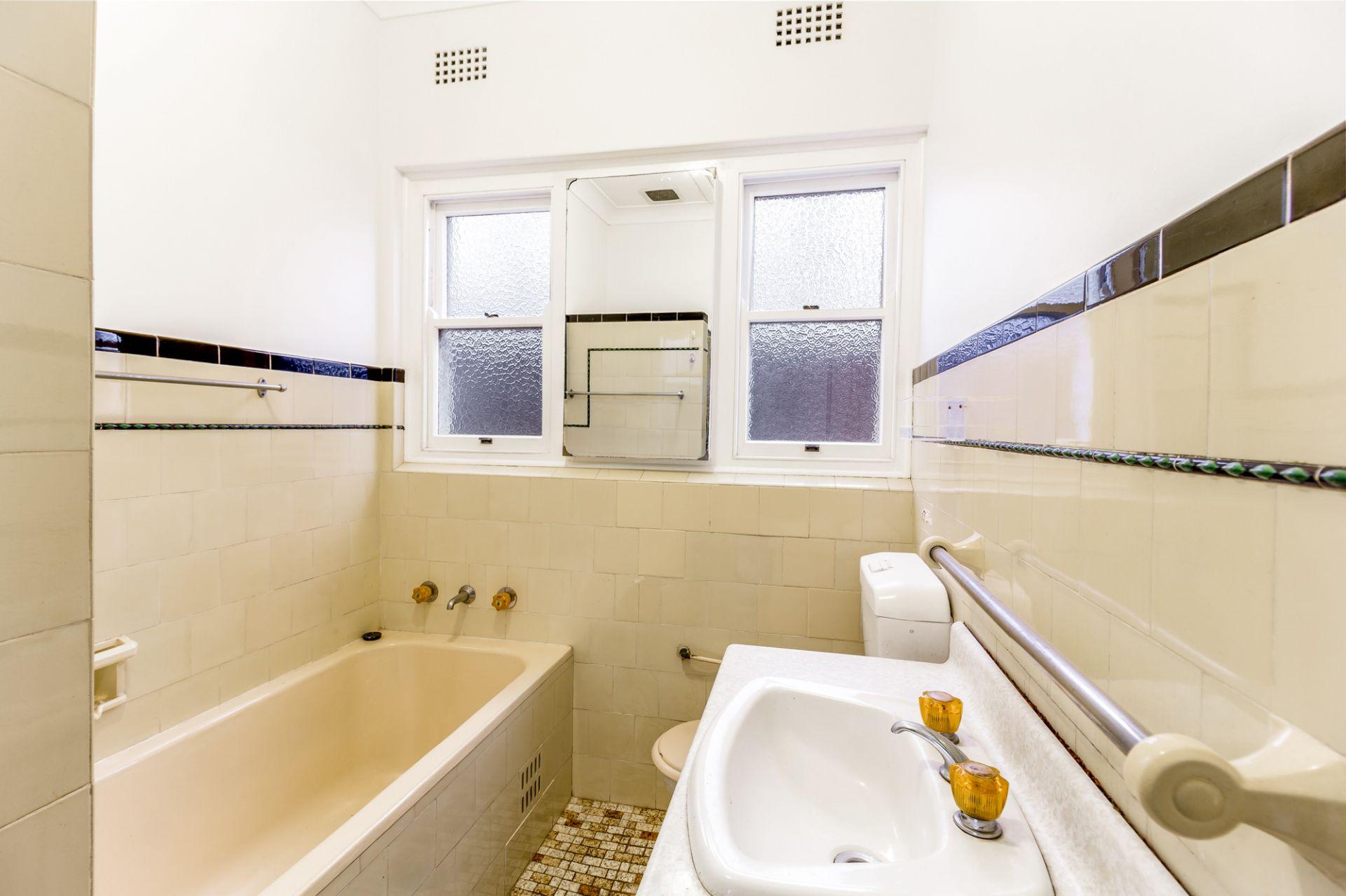48 Barnsbury Grove, Bardwell Park