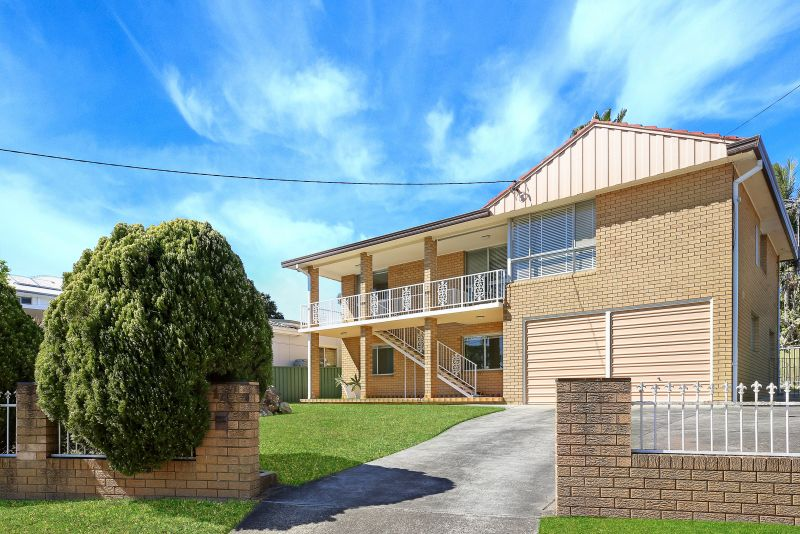 14 Broulee Place, Engadine NSW 2233