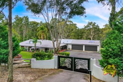 Amazing, Renovated Lifestyle Property!