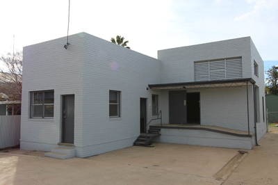 Fully Renovated Affordable Commercial Buildiing