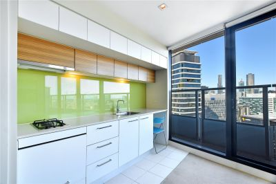 Victoria Point: 25th Floor - Stunning Studio Awaits!
