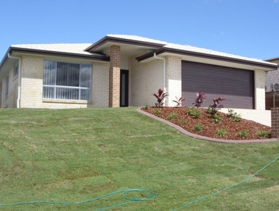 4 BEDROOM HOME WITH SIDE ACCESS