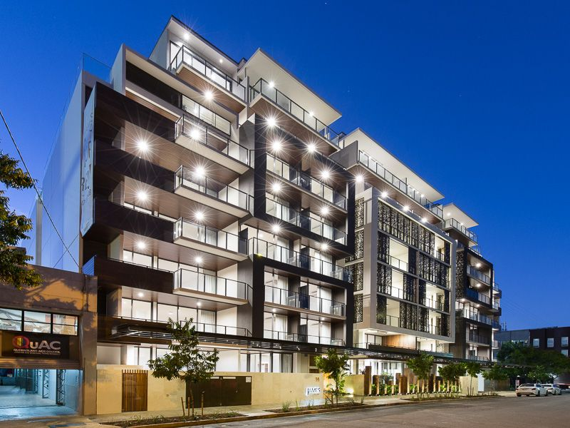 INTRODUCING A SUPERB TWO BEDROOM TENERIFFE APARTMENT>