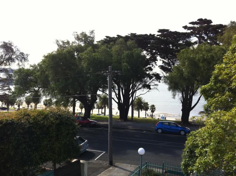 5/50 Eastern Beach Geelong