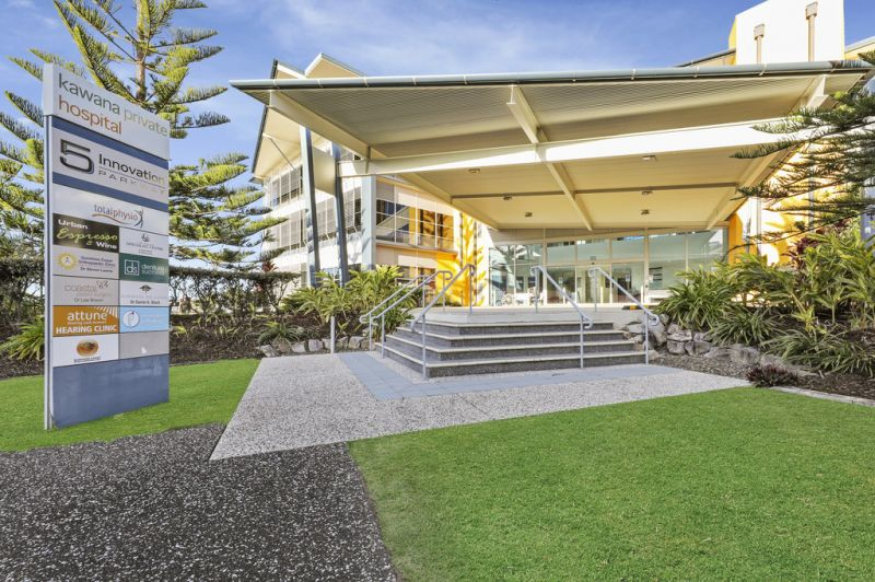 Office with Lake Kawana views