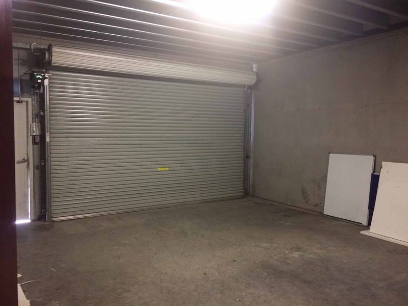 GREAT OFFICES AND SHOWROOM PLUS STORAGE AREA
