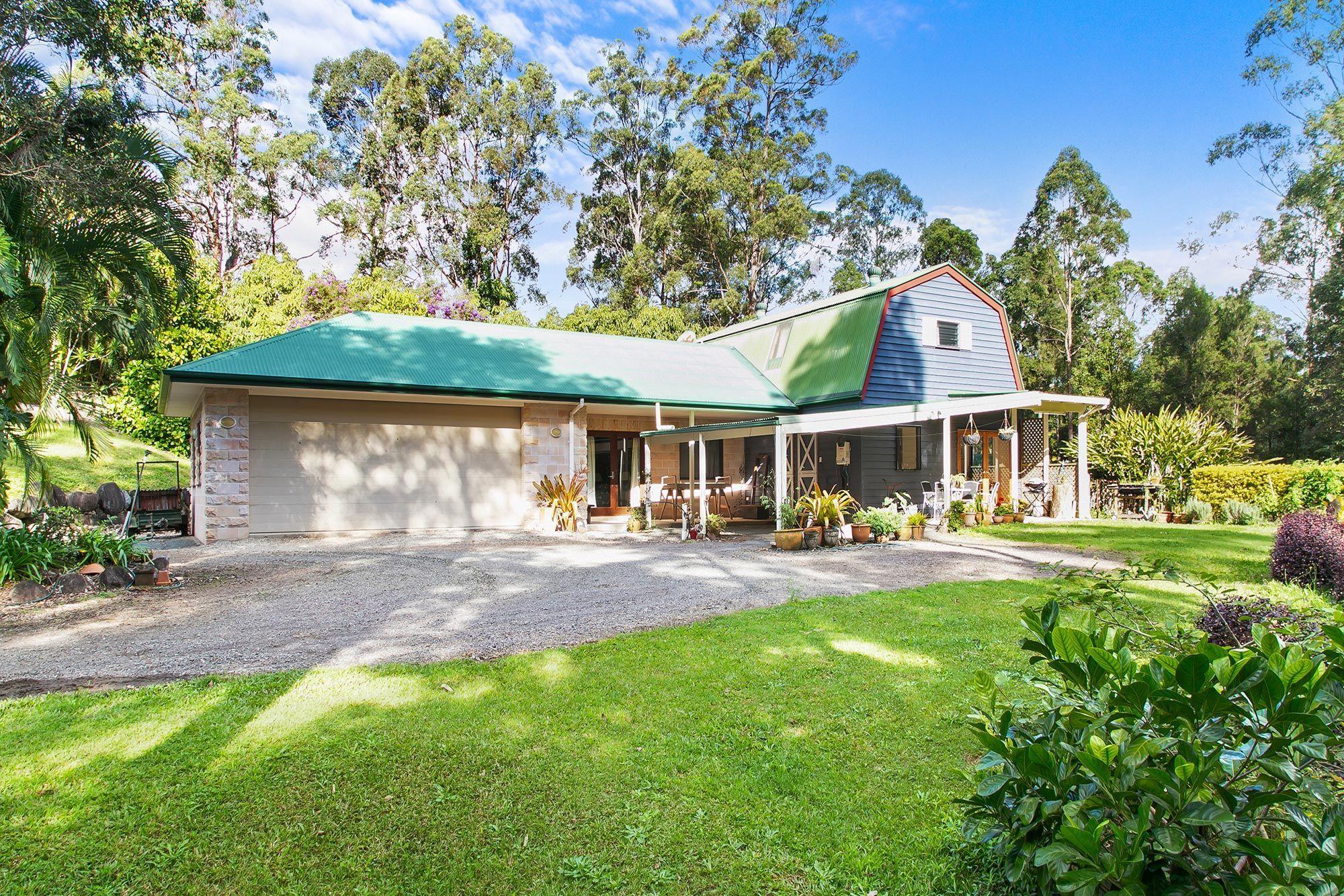 11 Vines Court, Tinbeerwah QLD 4563