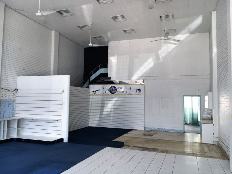 Well Exposed Retail or Office in CBD - MOTIVATED OWNER