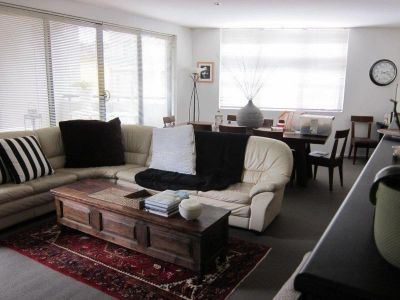 Modern and Stylish 2 Bedrooms unit in best location of Rose Bay