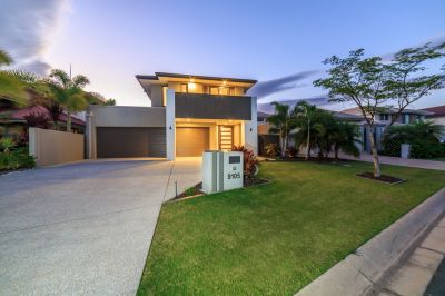Spectacular Golf-Front Home  Must Be Sold!
