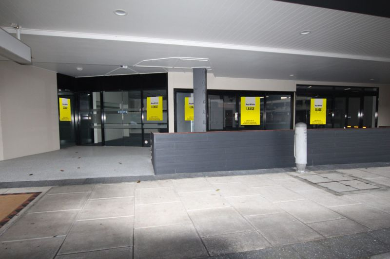 OFFICE/MEDICAL, RETAIL & CAFE SPACE ALL FOR LEASE IN NAMBOUR
