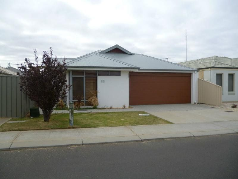 Modern Unit in Sought After Area!