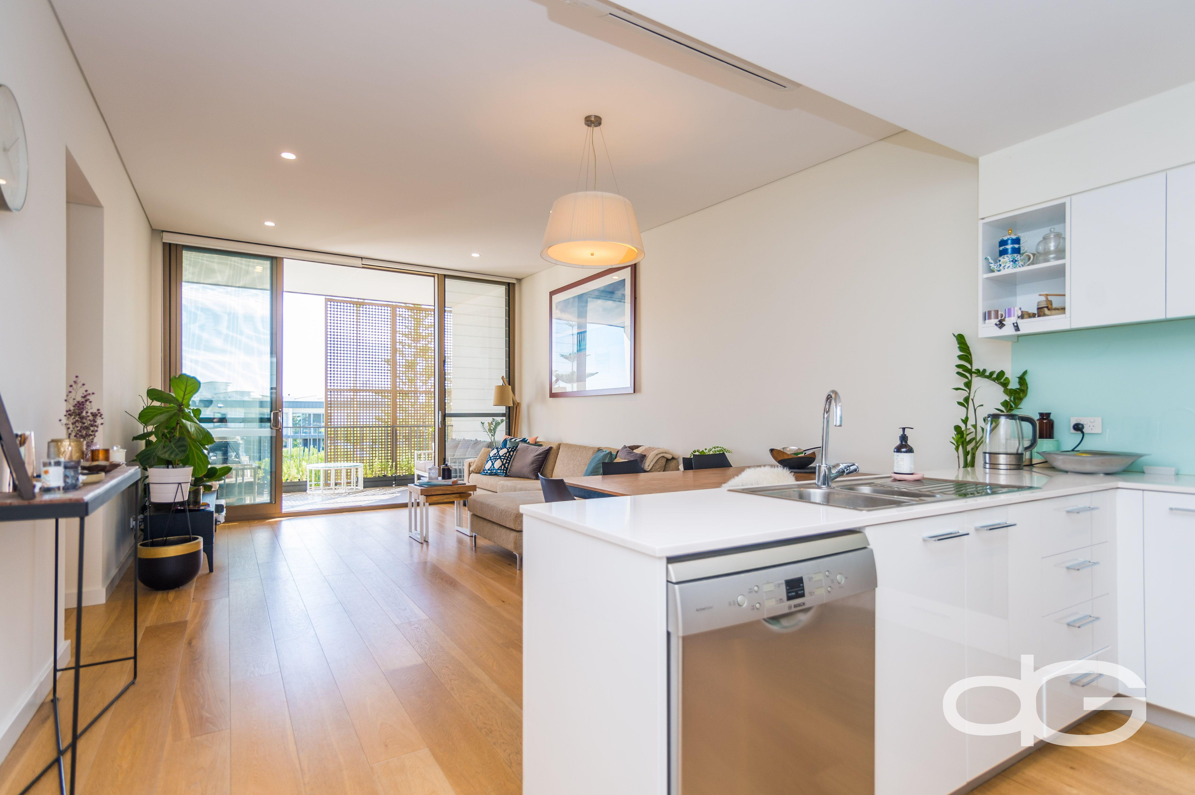 31/22 Heirisson Way, North Coogee