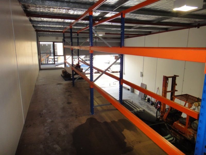 Great Versatile Industrial Unit with loads of benefits.