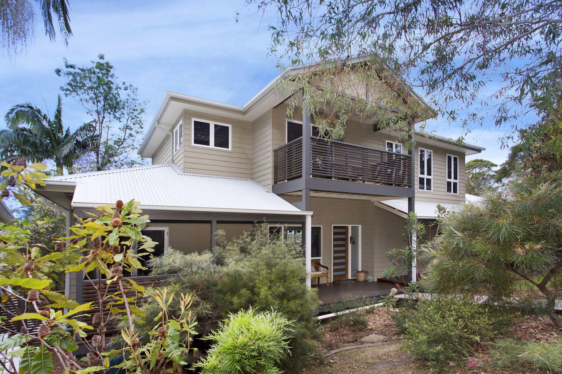 1 Treetop Glen, Thirroul NSW
