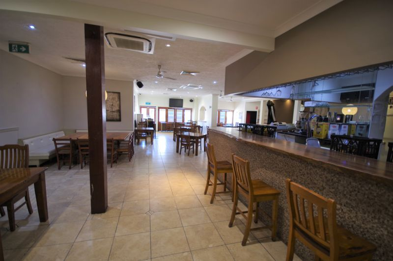 Fully fitted freehold restaurant