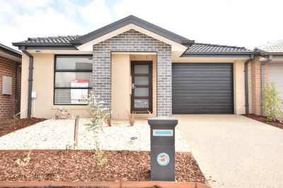 FIRST CLASS TENANT WANTED! Brand New Three Bedroom Home For Family!