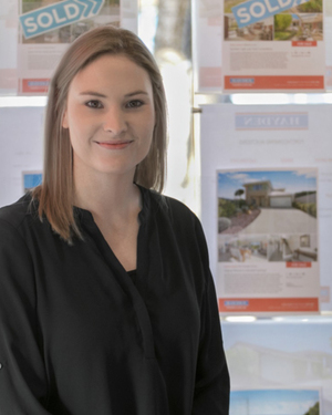 Kathryn Macdonald Real Estate Agent