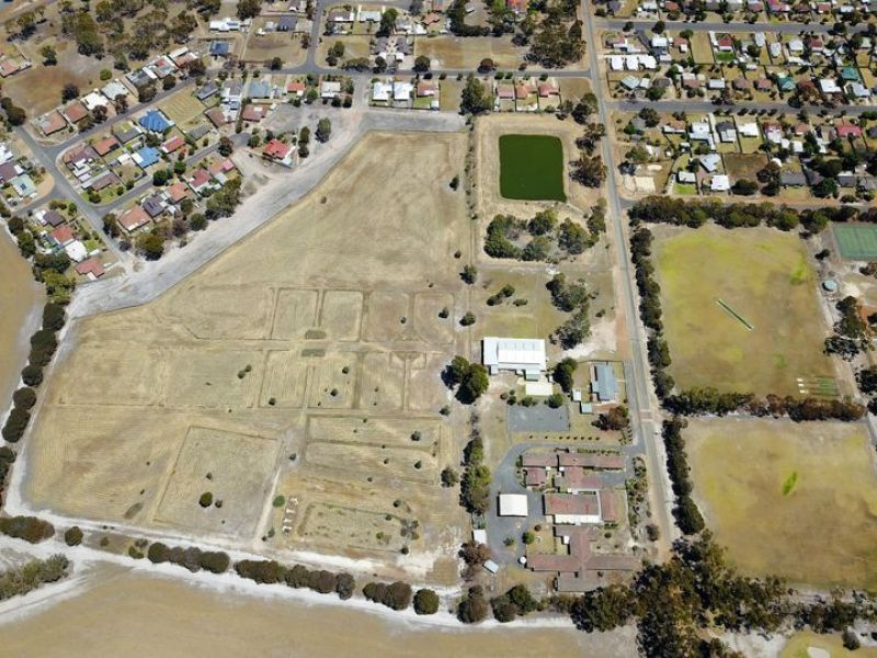For Sale By Owner: Katanning, WA 6317