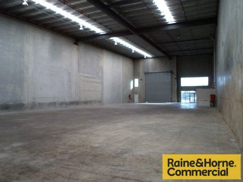 855sqm Warehouse/Storage with no office!!