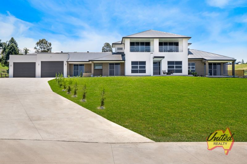 Spectacular Dual Family Living + Income
