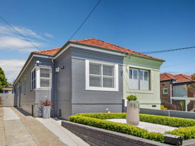 Smart semi with modern flair and lifestyle ease