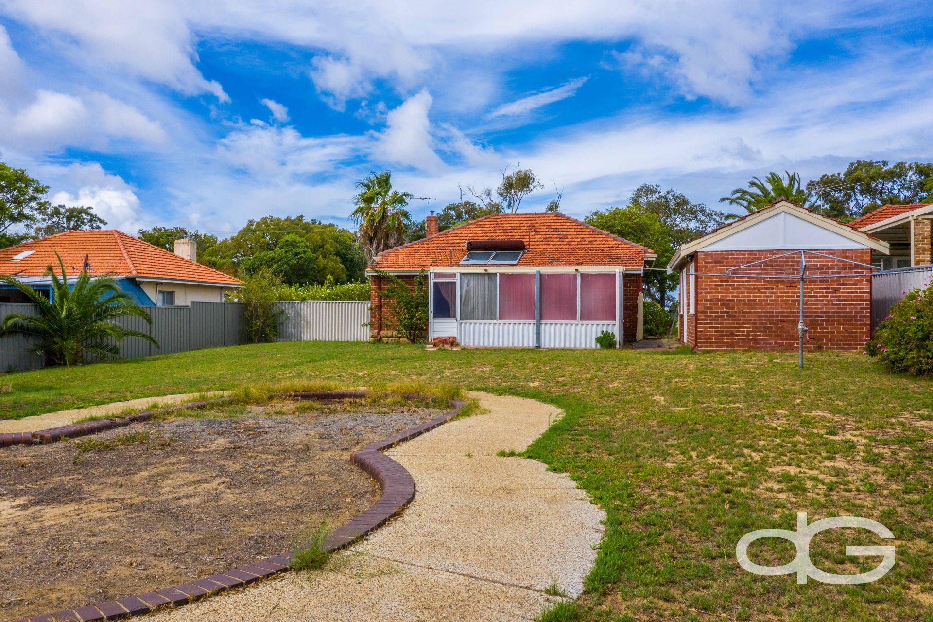 16 Rennie Crescent North, Hilton
