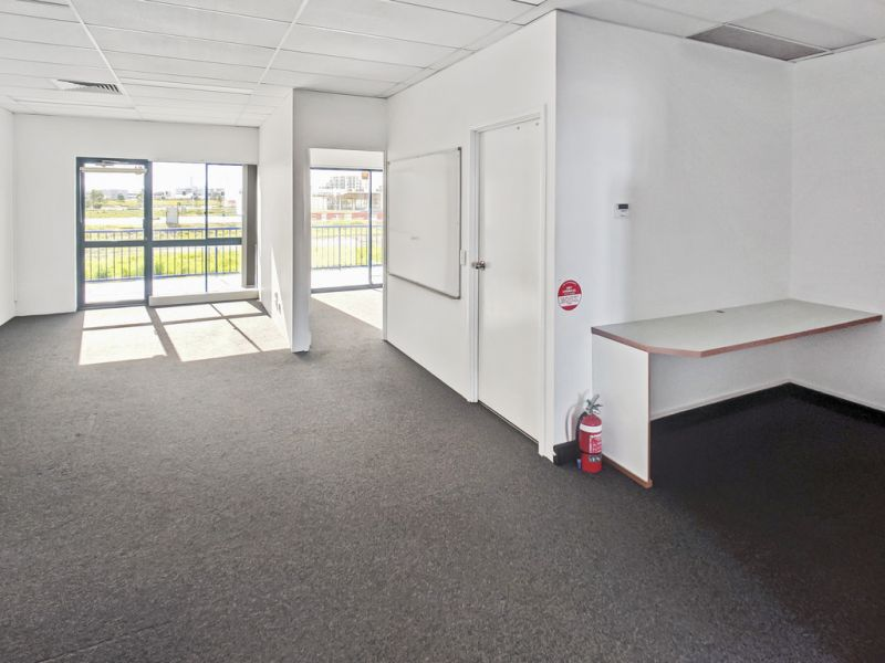 Office With Exceptional Exposure, On The Very Fringe Of New CBD