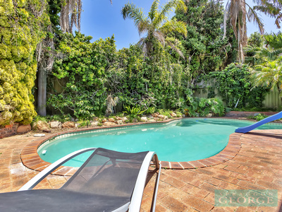 BIG FAMILY APPEAL, FABULOUS LOCATION!