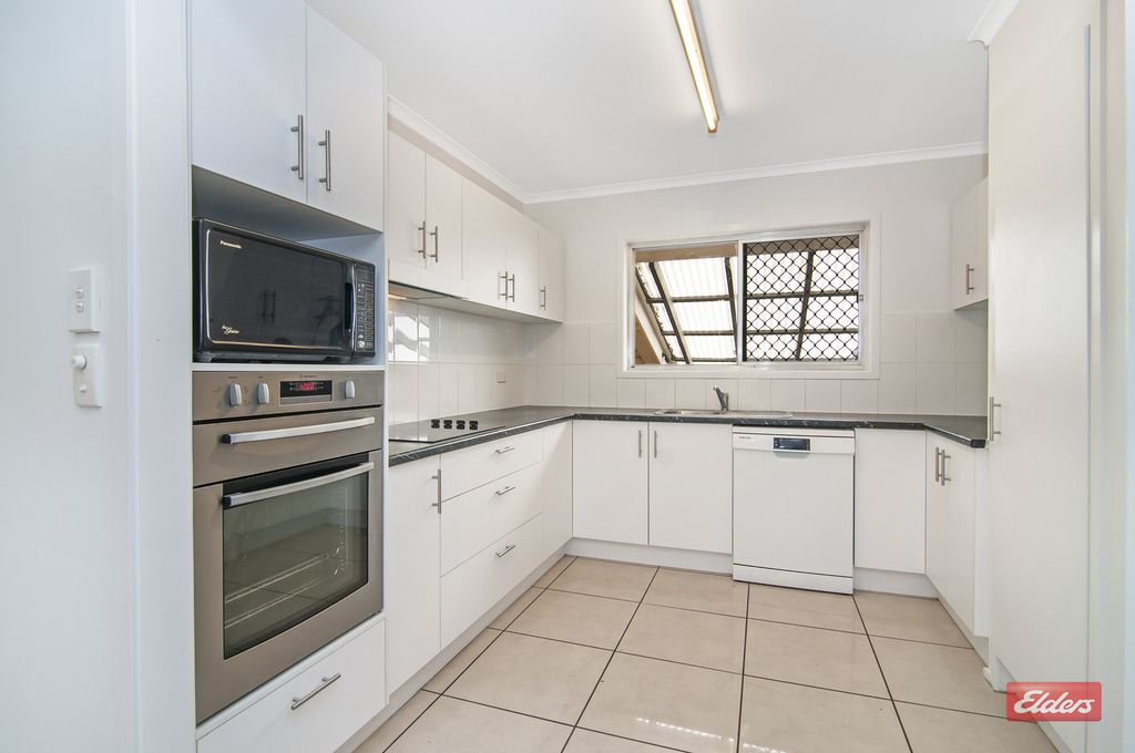 1 Sunset St, Rochedale South