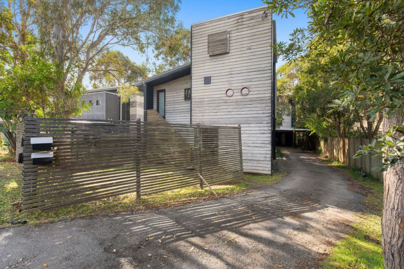 Detached architecturally designed holiday house
