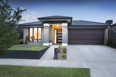 Love the style, location and low maintenance living!
