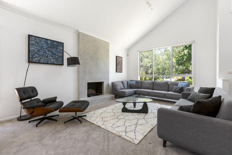 Five Bedroom Modern Living Home