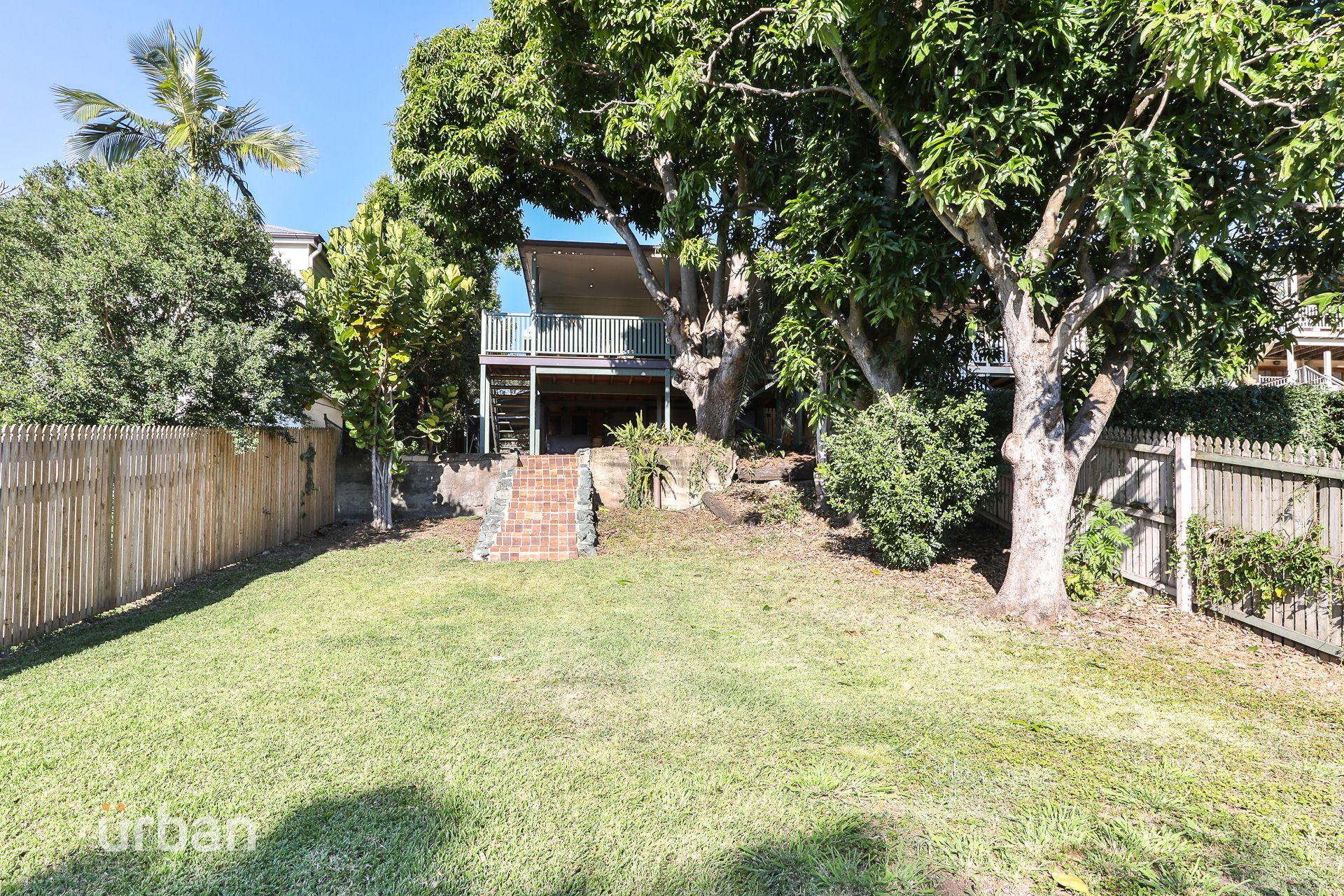 18 Garling Street Red Hill 4059